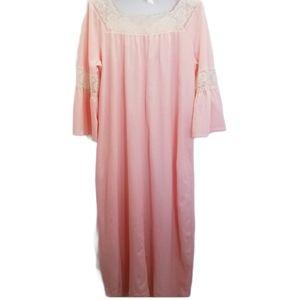 Vintage Gossard Artemis Medium Nightgown medium